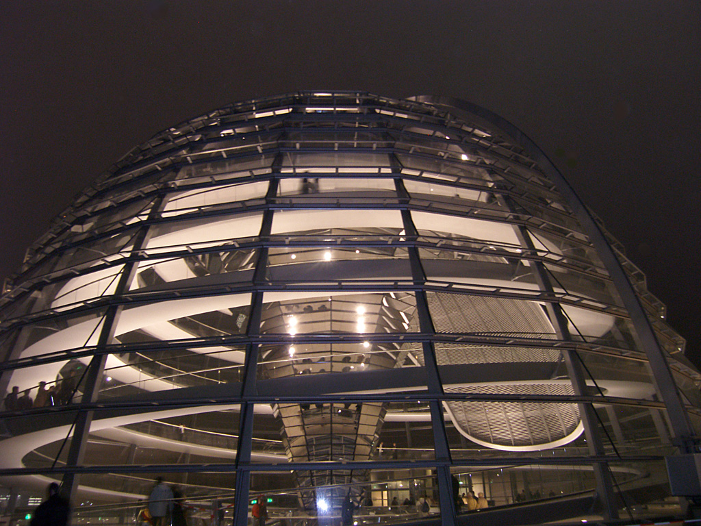 Reichstag_tower_new_02